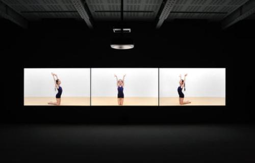 Rineke Dijkstra: The Gymschool, St. Petersburg, 2014 @Marian Goodman
